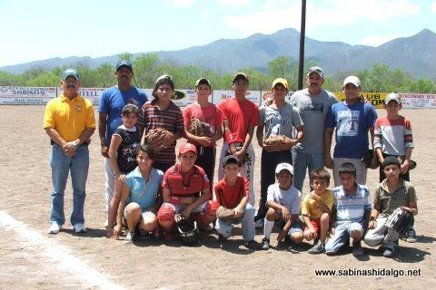 Equipo infantil de beisbol del Club Sertoma