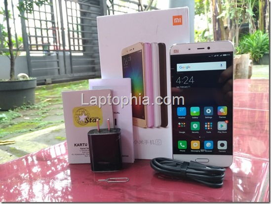 Perlengkapan Xiaomi Mi5 32GB