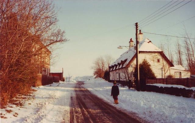 Woodhurst In The Snow - December 1981 - Scan10012.jpg