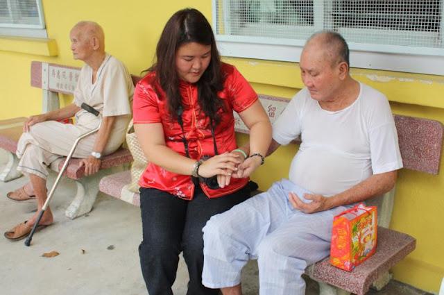 Charity - CNY 2009 Celebration in KWSH - KWSH-CNY09-48.jpg