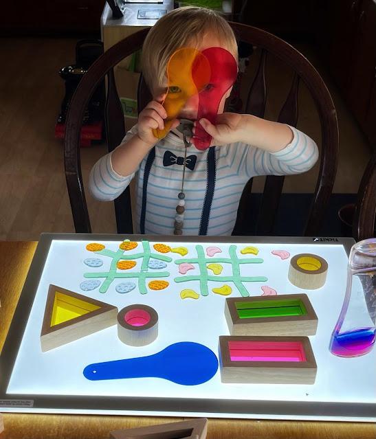 Light panel sensory play