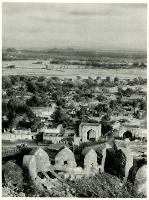 Hyderabad - Rare Pictures - Golconda%2BFort.jpg
