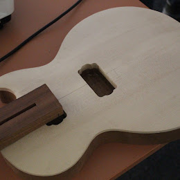 Stavba hudebních nástrojů