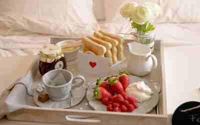 Desayuno a la cama: idea romantica