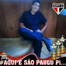 Victor Penedo Photo 5