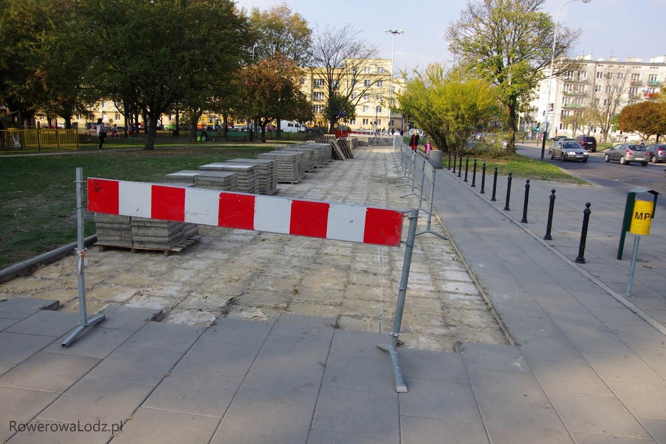 Plac Hallera - tu powstaje łącznik z ul. 6 Sierpnia