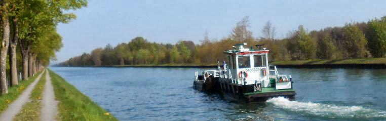 Schiffsverkehr auf dem Dortmund-Ems-Kanal im Münsterland