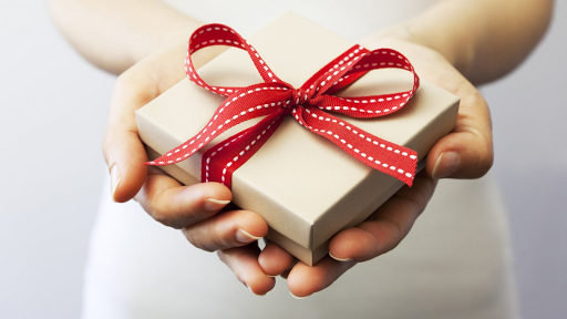 Top 7 Perfect Occasions To Give Corporate Gifts
