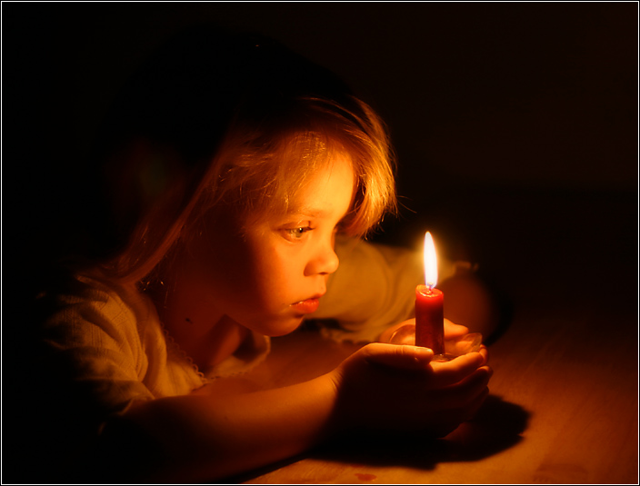 Baby And Acandle, Candle Magic