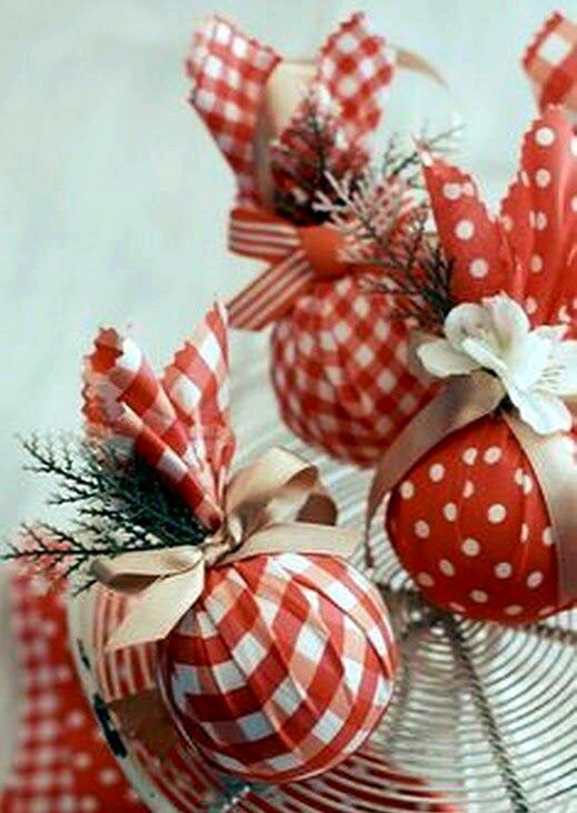 M s y m s manualidades crea hermosos adornos navide os - Adornos navidenos en tela ...