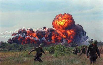 Коммунистические бомбы КНДР и правильные, демократические бомбы…. 1