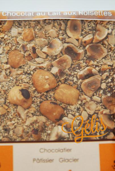 tablette chocolat lait noisettes.jpg