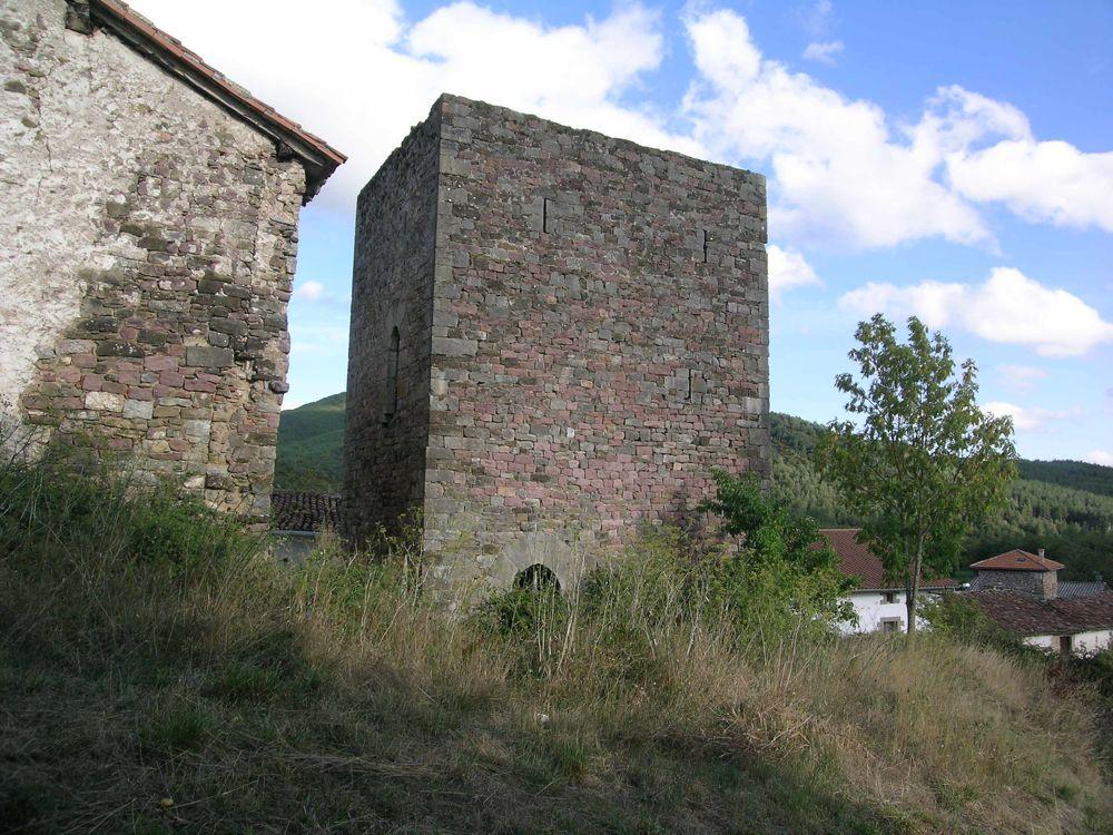 Reconstruccion Torre de Uriz - DSCN6273.JPG