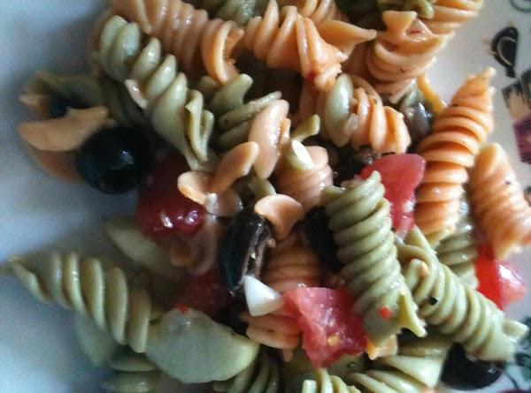 Suzy's Zesty Pasta Salad Recipe