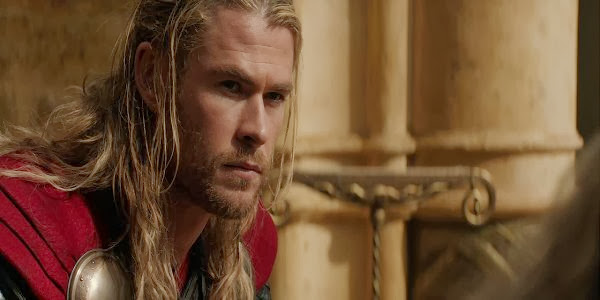 Screen Shot Of Hollywood Movie Thor: The Dark World (2013) In Hindi English Full Movie Free Download And Watch Online at Alldownloads4u.Com