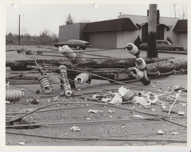 1976 Tornado photos collection - 82.tif