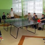 Turniej ping-ponga. Ostatecznie zwyciężył Cyrus.