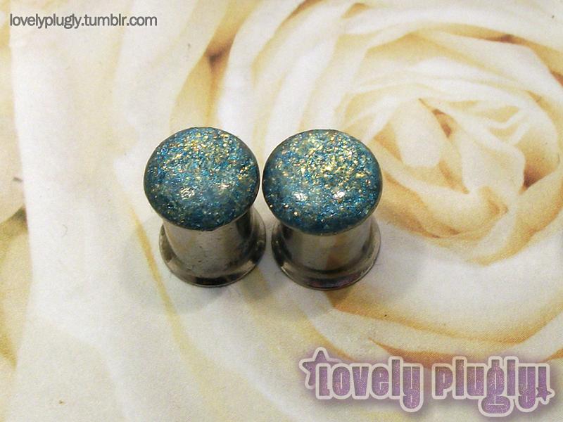 8mm / 0g Blue and Gold Glitter Flake Plugs