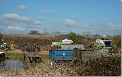 6 combine harvester graveyard nr aston locks