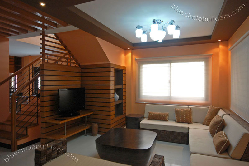Simple house interior design philippines picture for Living room interior design philippines