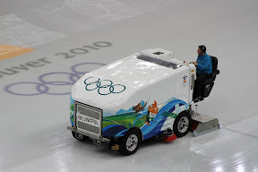 A zamboni... er... Olympian resurfacing the ice