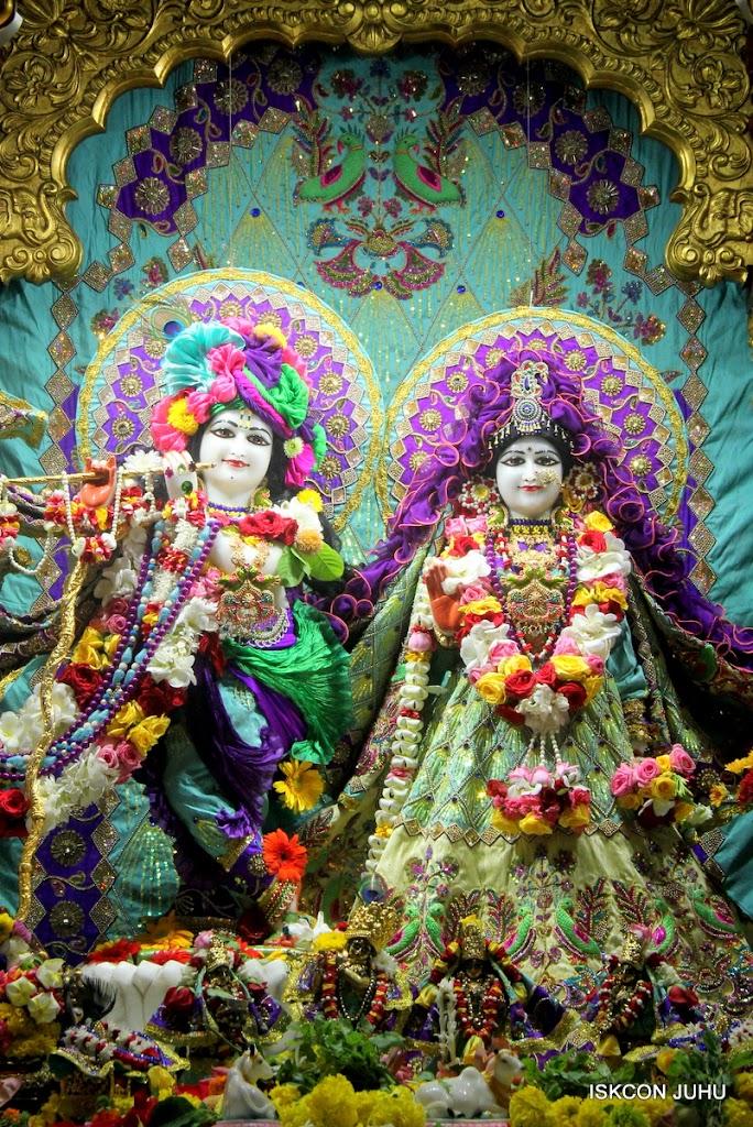 ISKCON Juhu Sringar Deity Darshan on 24th July 2016 (2)