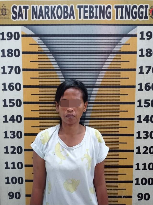 Lagi, Emak Emak Ditangkap Sat Narkoba Polres Tebing Tinggi