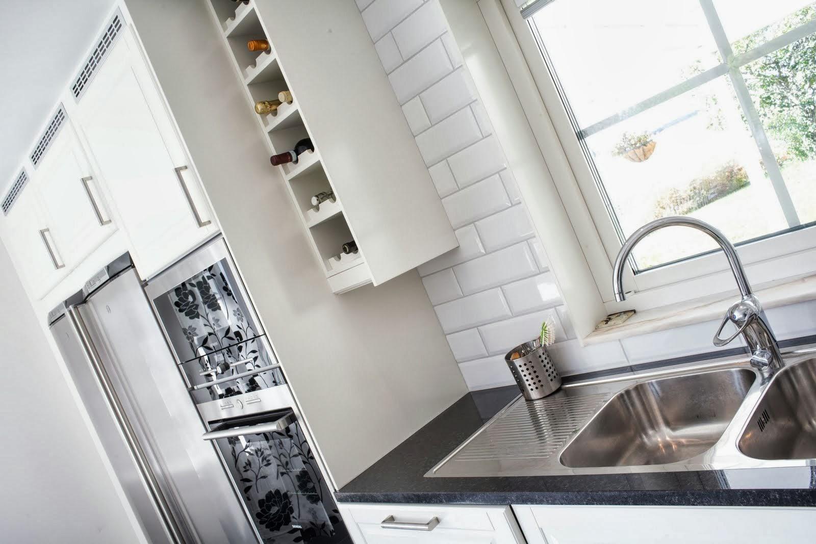 Kök i vedyxa – uppsala fastighetstjänst