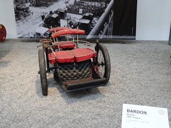 2017.08.24-024 Bollée Tricycle Tricar 1896