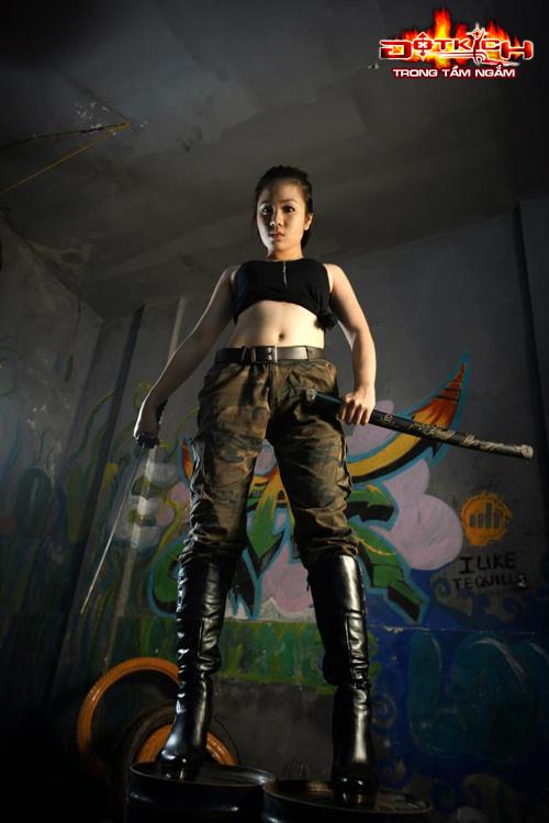 Nhóm Vật Cản ra mắt cosplay mừng sinh nhật Đột Kích 12