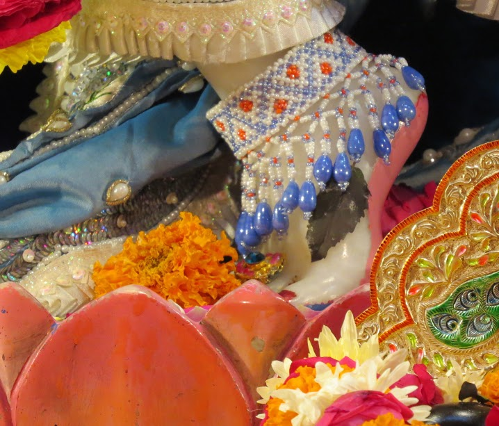 ISKCON Vallabh vidhyanagar Deity Darshan 18 jan 2017 (6)