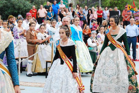 La Falla del Duc en el homenaje a la Senyera de la Agrupación Camins al Grau