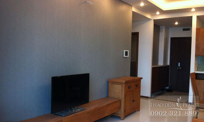 tivi màn hình phẳng tại phòng ngủ căn hộ thảo diền pearl 105m2