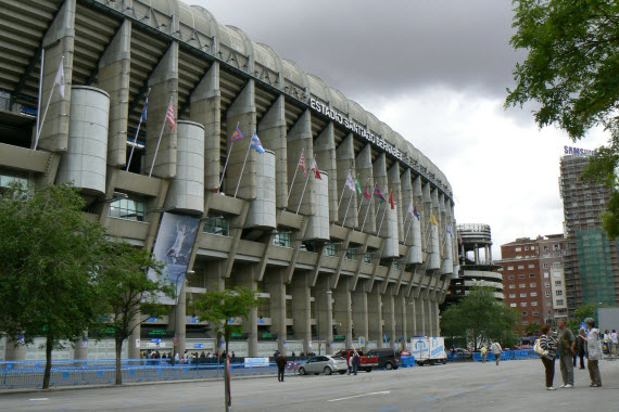 Dispositivo de seguridad del partido de fútbol Real Madrid - FC Barcelona