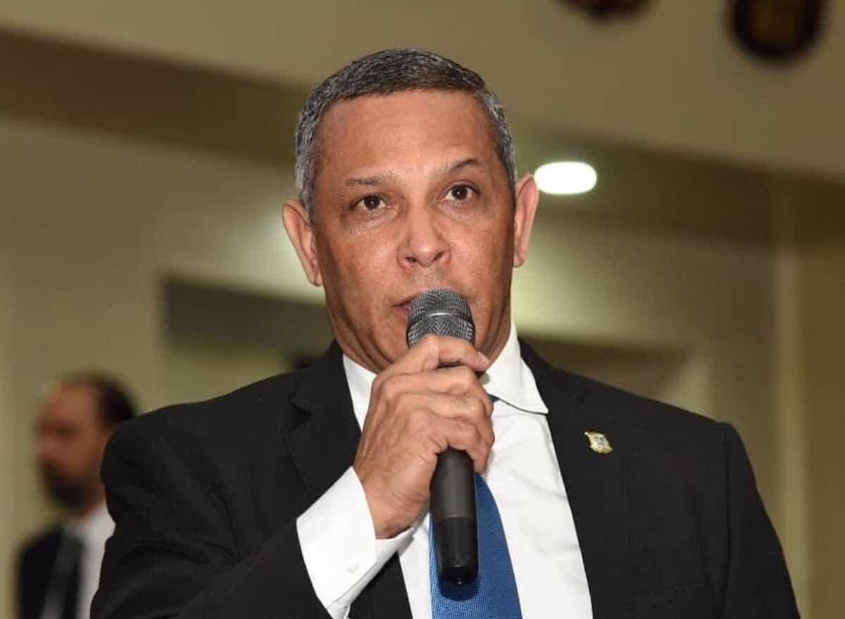 Cámara de Diputado aprueba designar con el nombre de Osvaldo Virgíl al Estadio la Normal