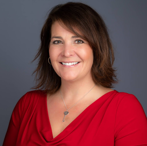 Suzanne Valentin