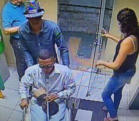 Belém/PA: Falso cadeirante entra no banco, assalta e mata vigilante