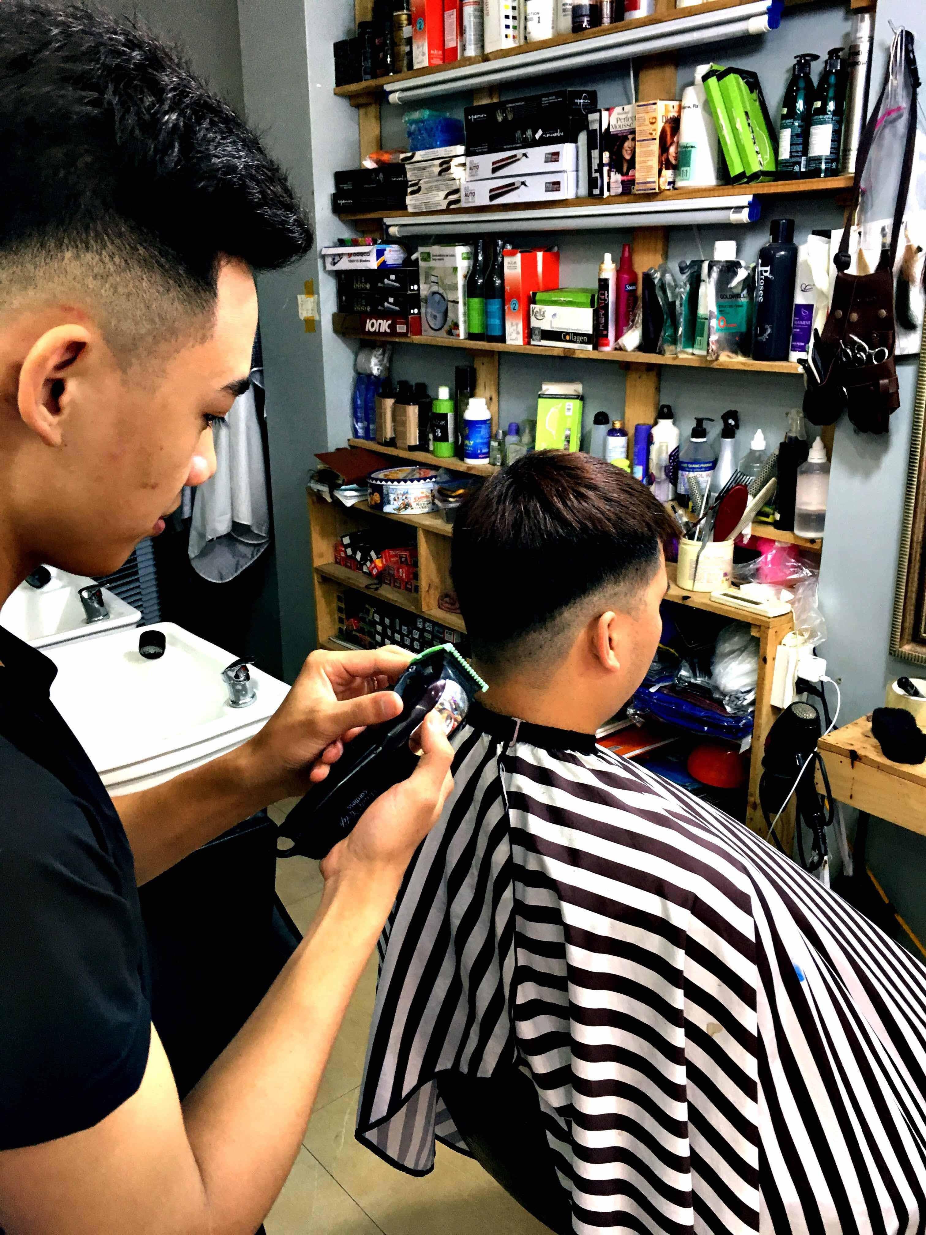 Mô hình đào tạo thợ cắt tóc làm đầu chuyên nghiệp sát thực tế tóc thật 100%