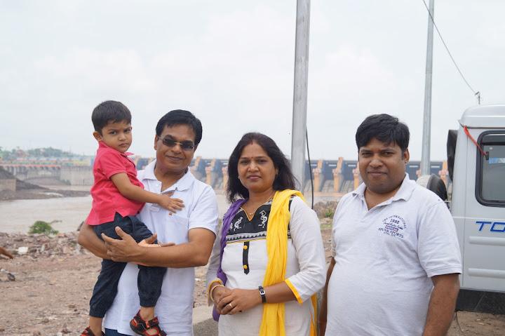 Omkareshwar and Hanmuntiya water resort - DSC06306.JPG