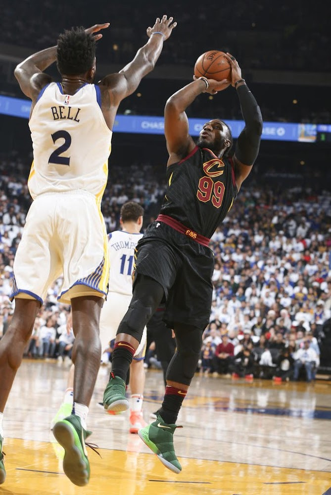 best service d850e 8eaa4 Jae Crowder, J.R. Smith Lace up Soldier 11 PEs on Christmas ...