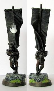 Figurka Władca Pierścieni - sztandarowy isengardu