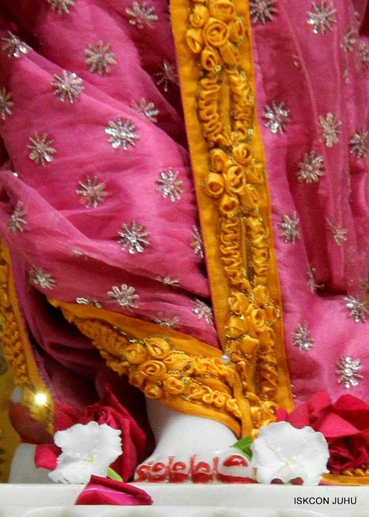 ISKCON Juhu Mangal Deity Darshan on 22nd July 2016 (31)