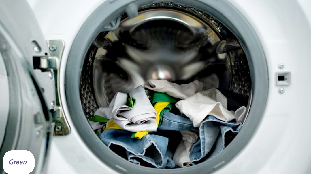 أوصت منظمة الصحة العالمية بغسل الملابس قبل ارتدائها