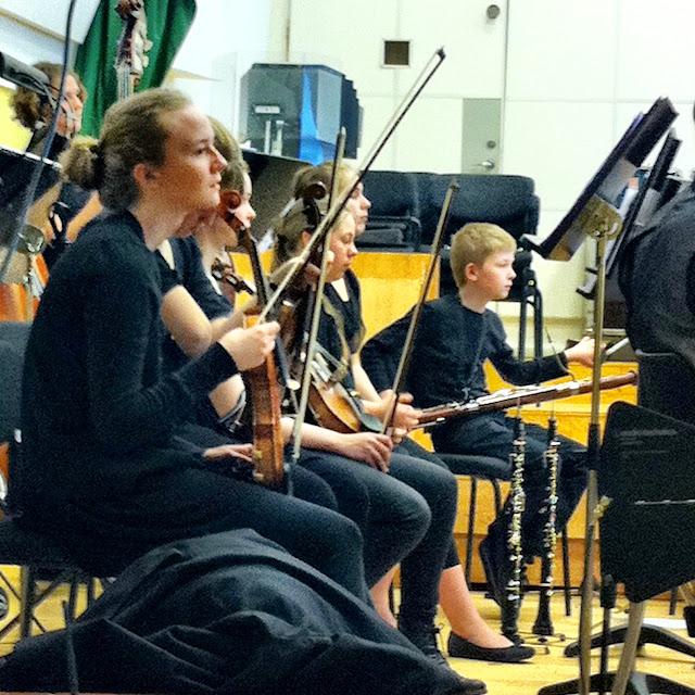 Orkesterskolen og Sigurd 26. og 27. maj 2011 - NO%2Bspiller%2Bmed%2BSigurd%2B3.jpg