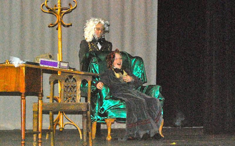 2009 Scrooge  12/12/09 - DSC_3374.jpg