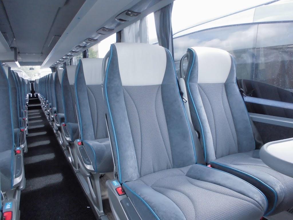 het interieur van de setra s415 gt hd van idbus bus 124 f