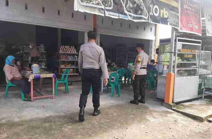 Polsek Bukit Raya Lakukan Operasi Yustisi Bersama Tim Pemburu Teking Covid19 di Kota Pekanbaru...