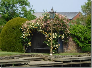 11 lovely arbour at pershore