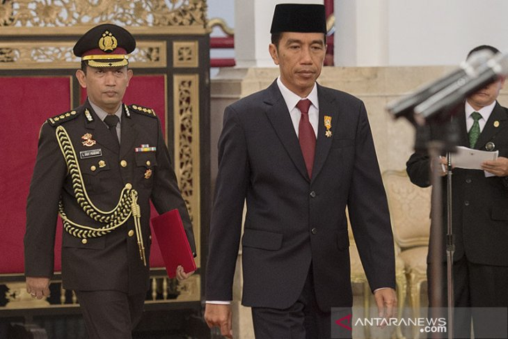 Dekat dengan Jokowi, Penunjukan Listyo Prabowo Rusak Sistem Polri