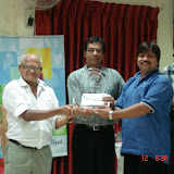 WCG_2008_JMShah presenting Trophy
